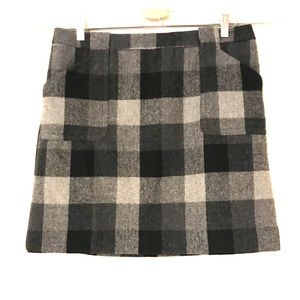Black and Grey checkered wool blend mini skirt